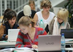 Pagamenti digitali: Experian lancia un concorso per studenti e start up