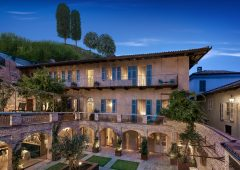 B&B, il cortile di San Michele