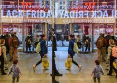 Black Friday: 16 milioni di italiani a caccia di occasioni, incassi per 1,7 miliardi