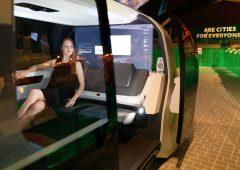 Auto: entro tre anni quasi tutti gli automobilisti utilizzeranno un assistente vocale