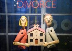 Divorzio: cosa fare se l'ex coniuge si accaparra tutto o svuota il conto corrente cointestato