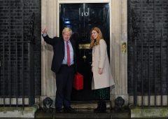Elezioni Uk, trionfo dei conservatori di Johnson. Brexit più vicina