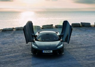 McLaren GT, supercar da viaggio