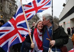 Brexit: Ue e Uk si preparano al no deal