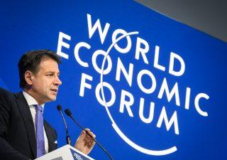 I potenti del mondo si riuniscono a Davos