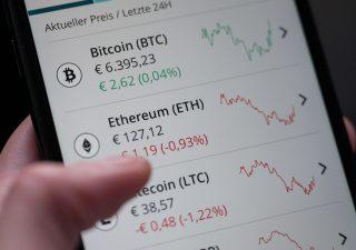 Bitcoin: inizio d'anno in corsa (+30%), cosa si nasconde dietro il rally recente