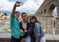 """Coronavirus: quanto """"pesa"""" il turismo cinese in Italia"""