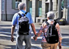 Italia, Moody's accende fari su invecchiamento popolazione: deficit in crescita fino al 5%