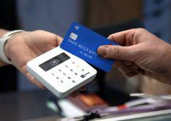Detrazioni sanitarie solo se cashless: boom nelle richieste di lettori di carte da parte dei medici
