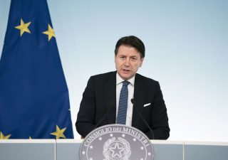 Consiglio europeo: via libera al recovery fund, parla Conte (VIDEO)
