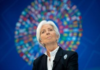 Altro che coronabond, appello alla BCE per la cancellazione parziale del debito