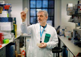 Coronavirus: le società a caccia del vaccino (e premiate dalla borsa)