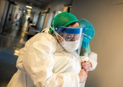 Coronavirus, salgono a 4.458 i nuovi contagi di oggi