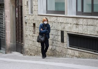 Istat, con il coronavirus la mortalità è aumentata del 49,4% a marzo