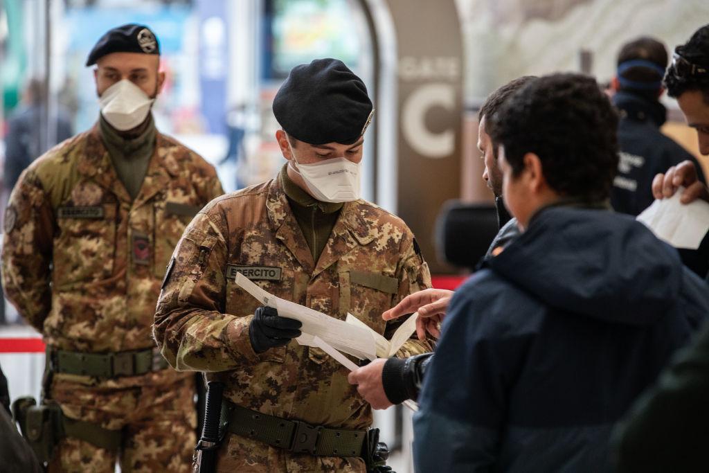 Coronavirus: le sanzioni previste per spostamenti senza valido motivo