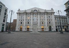Banche: le big italiane alzano il velo sui conti, le trimestrali di Unicredit e IntesaSanPaolo