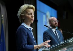 Commissione Ue: Covid è una minaccia alla stabilità dell'Unione monetaria