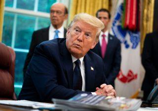 NYT: Trump ha un conto corrente in Cina e ha pagato oltre 180mila dollari di tasse