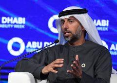 """Emirati: prezzi petroliferi torneranno """"normali entro un anno o due"""""""