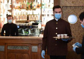 Covid-19, USP svizzera: famiglia e lavoro principali luoghi d'infezione