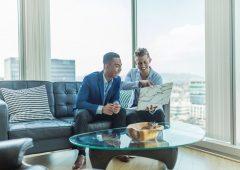 Come selezionare il consulente finanziario, le domande chiave per assumere