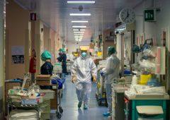 Coronavirus, gli uomini più colpiti dal virus rispetto alle donne