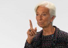 Bitcoin ignora le picconate di Lagarde: nuovo balzo del 14%