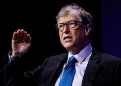 Gates: vaccino anti-Covid non prima di fine anno, autunno a rischio