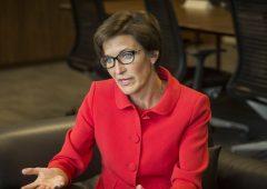"""Traguardo """"rosa"""" per Wall Street: nominata la prima Ceo di una big bank"""