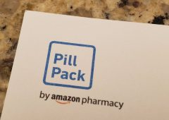 """Amazon Pharmacy al via negli Usa: medicine scontate e consegne """"Prime"""""""