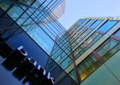 Banche: 2020 in calo per gli utili, ma migliorano qualità attivi e ratio patrimoniali