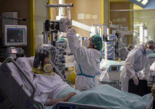Covid-19: crescono i contagi in Italia. Da F. Gimbe un piano per la gestione della pandemia