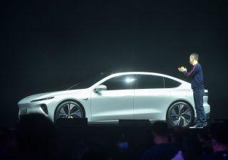 Nio: la Tesla cinese presenta la berlina ET7, la batteria fa impallidire Model 3