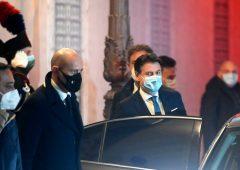 Crisi di Governo, il 57% degli italiani vuole le dimissioni di Conte