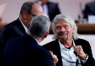 Richard Branson: la speranza di poter viaggiare è nel passaporto vaccinale