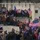 Washington, assalto al Parlamento dai sostenitori di Trump