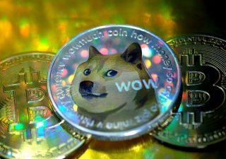 Dogecoin sull'ottovalante: dopo i record, valanga di vendite