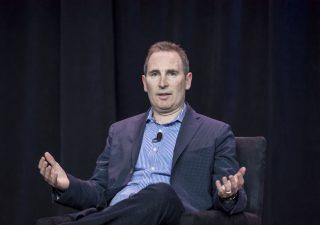 Amazon: chi è Andy Jassy, il nuovo ceo che prenderà il posto di Bezos