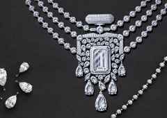Gioielli: 55 carati per Chanel