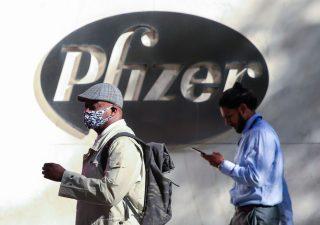 Pfizer, dal vaccino attesi 24 miliardi di ricavi nel 2021, un terzo del totale
