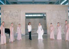 Laura Biagiotti rende omaggio alla danza con 'Age of Women'