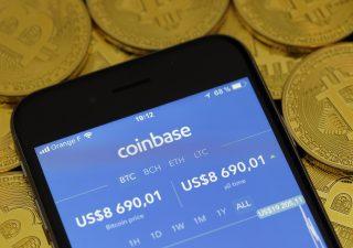 Bitcoin in rally, aspetta Ipo Coinbase. Sfiorata quota 63 mila, record di sempre