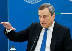 """Draghi: riaperture il 26 aprile, """"rischio che incontra le aspettative dei cittadini"""""""