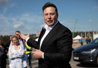 Tesla accelera sull'intelligenza artificiale, verso AI Day a fine luglio