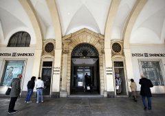 Banche e finanza, si riduce lo scetticismo degli italiani verso di loro