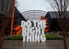 Per Nike e altre 55 grosse società Usa nessuna tassa federale nel 2020