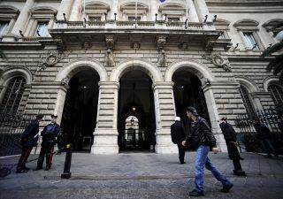Banche: Bankitalia segue orme BCE, stop a paletti dividendi e buyback