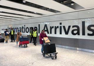 Brexit, cittadini italiani e Ue trattenuti dopo l'arrivo a Londra