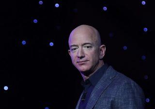 Jeff Bezos viaggerà nello spazio il 20 luglio con Blue Origin