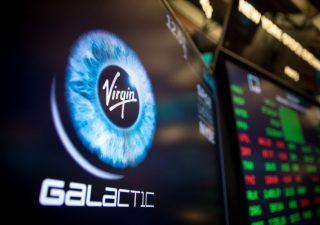 Virgin Galactic: titolo in orbita, ottenuta licenza per voli passeggeri